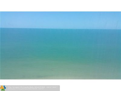 Broward County Condo/Townhouse For Sale: 3801 S Ocean Dr #N12F