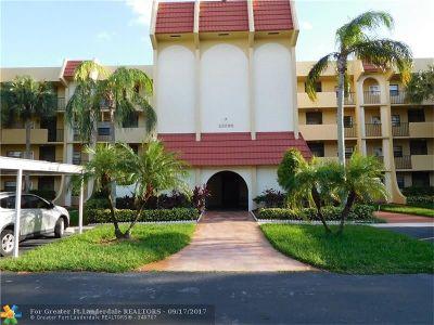 Boca Raton Condo/Townhouse For Sale: 23395 Carolwood Ln #106