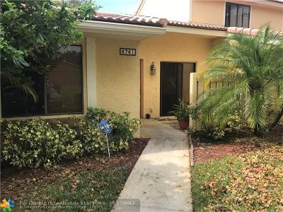 Boca Raton Condo/Townhouse For Sale: 6761 Bridlewood Ct #6761