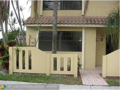 Sunrise Condo/Townhouse For Sale: 9420 NW 39th St #9420