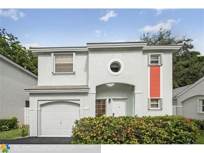 Plantation Single Family Home For Sale: 9846 NW 2nd St