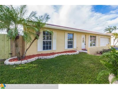 Sunrise Single Family Home For Sale: 2853 NW 108th Ave