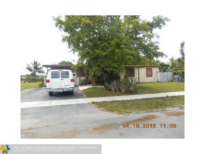 Pompano Beach Single Family Home For Sale: 5072 NE 14th Ter
