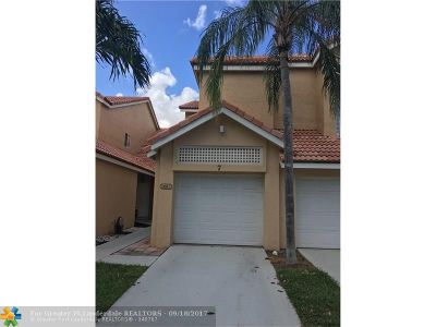 Boca Raton Condo/Townhouse For Sale: 23061 Aqua Vw #7