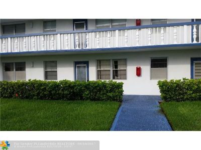 Deerfield Beach Condo/Townhouse For Sale: 219 Markham K #219