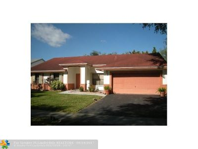 Miramar Single Family Home For Sale: 2640 Forest Dr