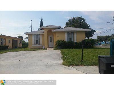 Boynton Beach Single Family Home For Sale: 1050 NW 4th St