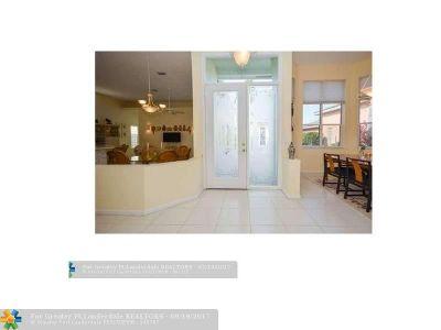 Boynton Beach Single Family Home For Sale: 7693 Rockford Rd