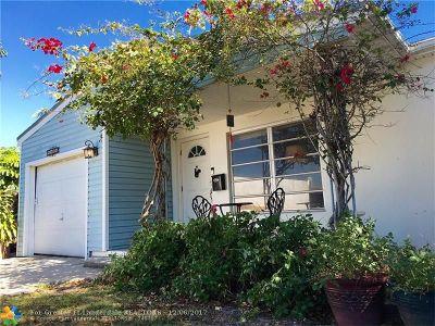 Oakland Park Single Family Home For Sale: 5400 NE 4th Ter