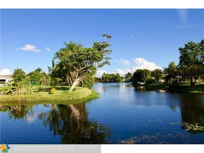 Broward County Single Family Home For Sale: 780 SW 55th Ave