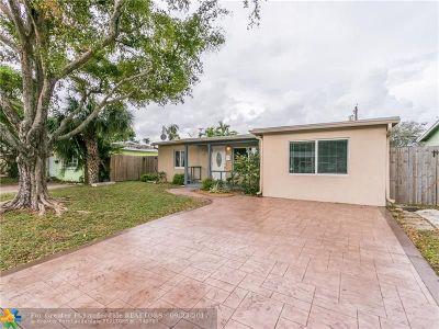 Oakland Park Single Family Home For Sale: 5365 NE 2nd Ave