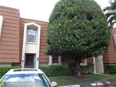Plantation Condo/Townhouse For Sale: 161 NW 115th Ter #161