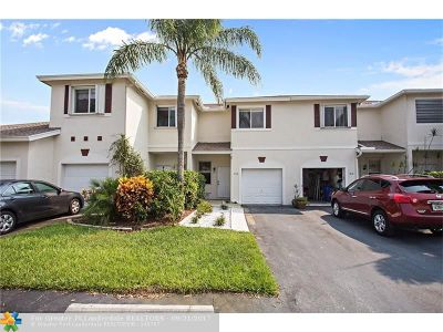 Broward County , Palm Beach County Condo/Townhouse For Sale: 808 NW 42nd Place #1