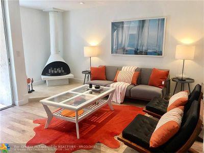 Wilton Manors Condo/Townhouse For Sale: 672 Kensington Pl #4B