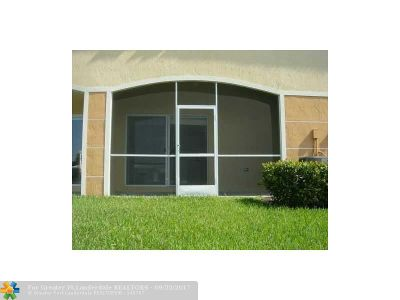 Broward County , Palm Beach County Condo/Townhouse For Sale: 5723 Tuscany Te #5723