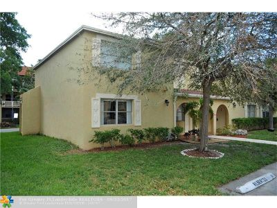 Coral Springs FL Condo/Townhouse For Sale: $150,000