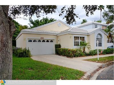 Plantation Single Family Home For Sale: 9368 NW 8 Cr