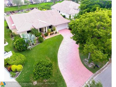 Coral Springs Single Family Home For Sale: 11855 Classic Dr