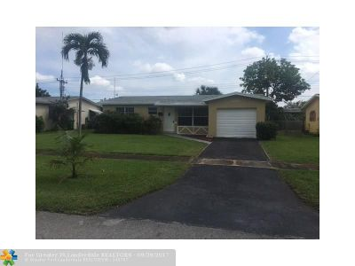 Lauderhill Single Family Home For Sale: 4840 NW 20th Ct