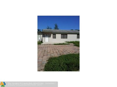 West Palm Beach Single Family Home For Sale: 3314 Poinsettia Ave