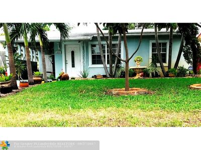 Oakland Park Single Family Home For Sale: 637 NW 45th St