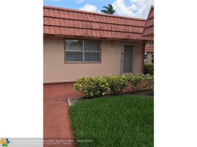 Delray Beach Condo/Townhouse For Sale: 71 Valencia C #C