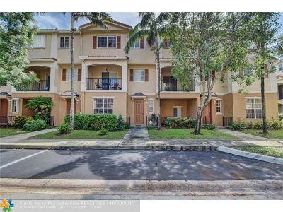 Delray Beach Condo/Townhouse For Sale: 4542 Danson Way #4542