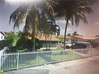 Miami Single Family Home For Sale: 735 NE 179th Ter