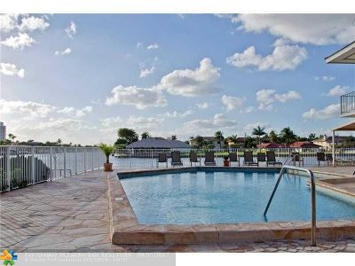 Hallandale Condo/Townhouse For Sale: 3161 S Ocean Dr #602