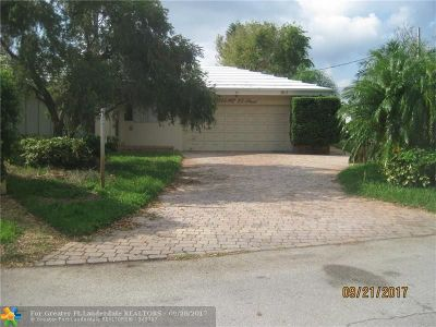 Broward County Single Family Home For Sale: 1924 NE 25th St