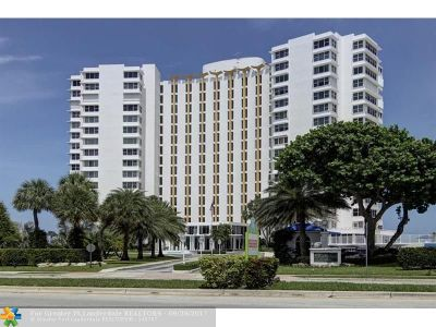 Lauderdale By The Sea Condo/Townhouse For Sale: 3900 N Ocean Dr #17C PH