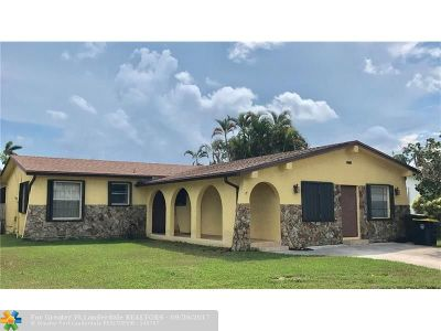 Dania Single Family Home For Sale: 212 SE 4th Ter