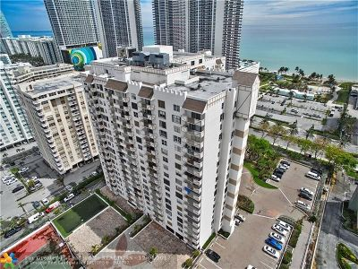Hallandale Condo/Townhouse For Sale: 1865 S Ocean Dr #5B