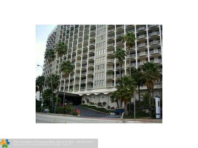 Miami Condo/Townhouse For Sale: 5401 Collins Ave #322