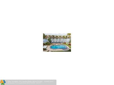 Hollywood Condo/Townhouse For Sale: 2400 S Ocean Dr #202
