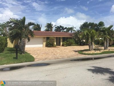 Lauderdale By The Sea Single Family Home For Sale: 1925 Ocean Mist Dr