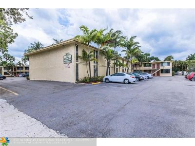 Wilton Manors Condo/Townhouse For Sale: 1901 N Andrews Ave #208