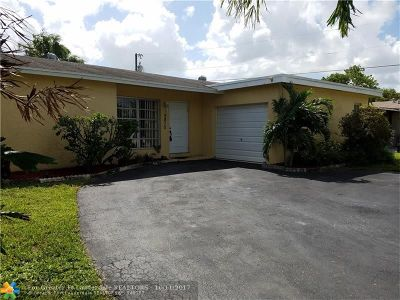 Sunrise Single Family Home For Sale: 9870 NW 25th St