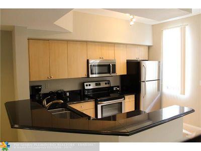 Aventura Condo/Townhouse For Sale: 2831 NE 185th St #601