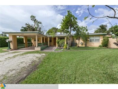 Broward County Single Family Home For Sale: 761 NW 37th St
