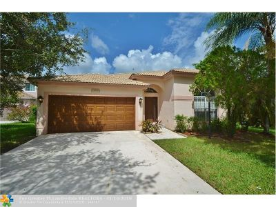 Pembroke Pines Single Family Home For Sale: 13293 NW 18th St