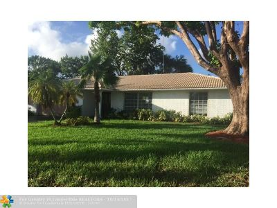 Coral Springs Single Family Home For Sale: 8726 NW 19th Dr