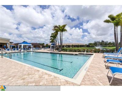 Delray Beach Condo/Townhouse For Sale: 14864 Via Porta #14864