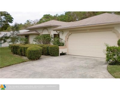 Delray Beach Single Family Home For Sale: 3125 Riviera Dr