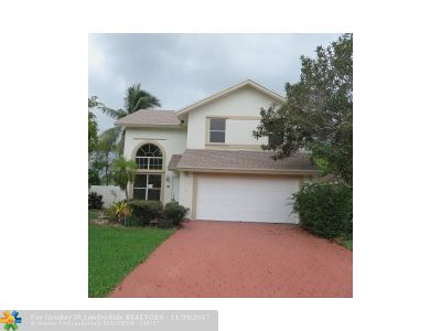 Broward County Single Family Home For Sale: 20620 NW 5th St