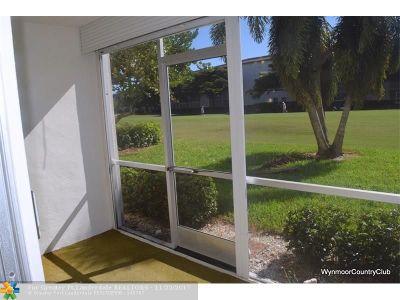 Coconut Creek Condo/Townhouse For Sale: 3102 Portofino Pt #J1