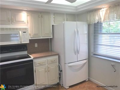 Coconut Creek Condo/Townhouse For Sale: 2606 Nassau Bnd #A1