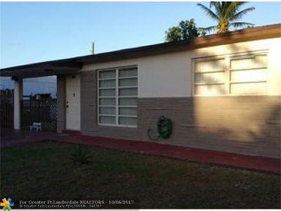 Hollywood Single Family Home For Sale: 3401 N 72nd Way