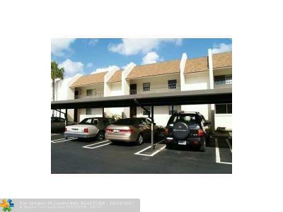 Delray Beach Condo/Townhouse For Sale: 2935 SW 22nd Ave #205