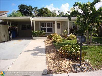 Oakland Park Single Family Home For Sale: 5364 NE 2nd Ave